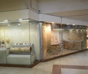 Evangelismos Station (antiquities exhibition)